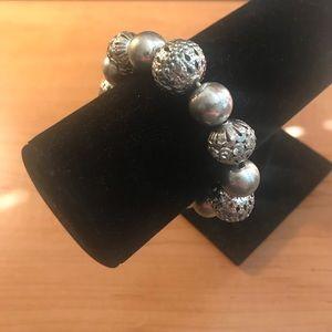 Jewelry - Vintage costume jewelry bracelet